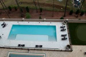 The Saline Pool and Sun Deck overlooking the Atlanta Skyline at the Aberdeen in Vinings