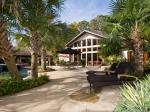 Pool, lounge area