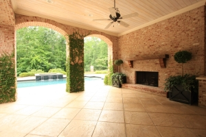 Lower Terrace off the Pool